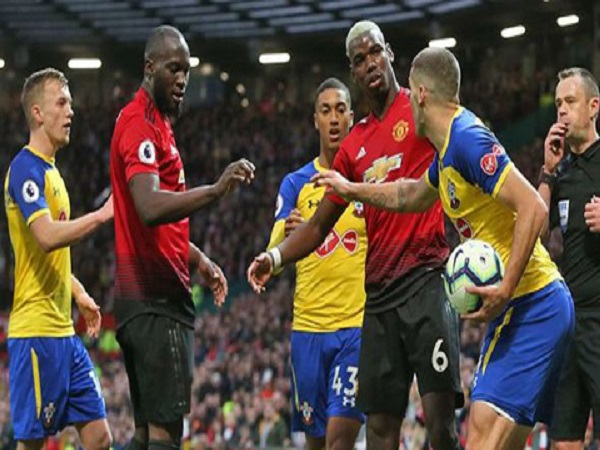 Lukaku và Pogba sứt mẻ tình cảm vì tranh đá penalty