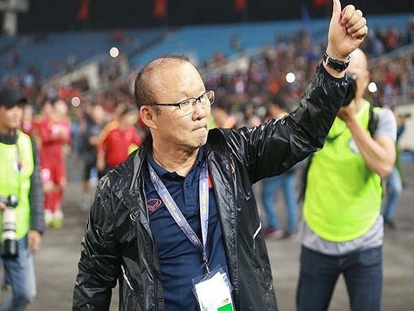 Thầy Park đấu trí siêu HLV Nhật Bản, ai là người hùng