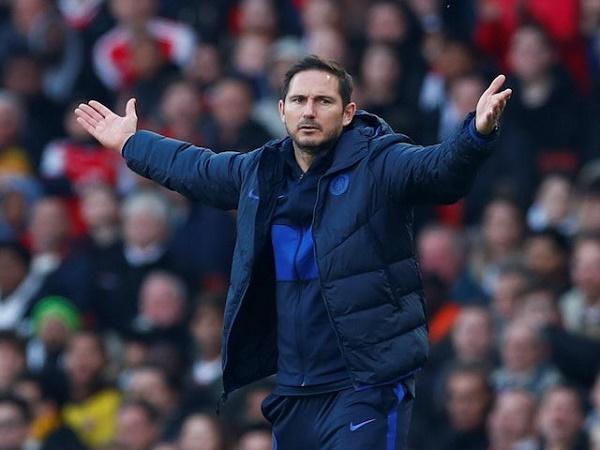 Tương lai của Lampard tại Chelsea bị đe dọa