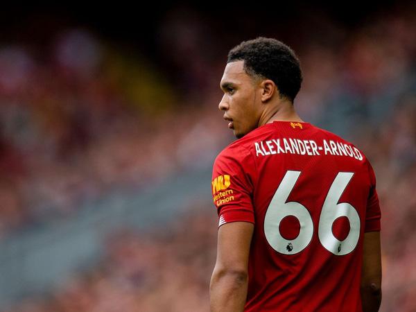 Bóng đá Anh 23/7: Alexander-Arnold đi vào lịch sử Premier League