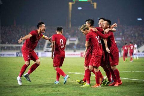 """Bóng đá VN 18/11: ĐT Việt Nam chọn xong """"quân xanh"""" đá giao hữu"""