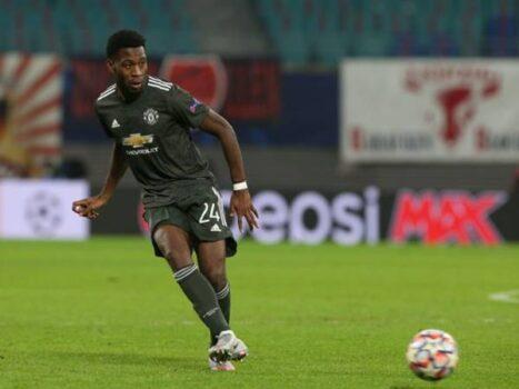 Tin sáng 31/12: Manchester United sắp phải chia tay Fosu-Mensah