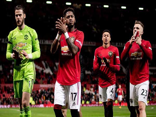 Tin bóng đá Anh 20/4 : Phòng thay đồ MU dậy sóng vì Super League