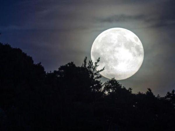 Nằm mơ thấy trăng có điềm báo gì tốt hay xấu